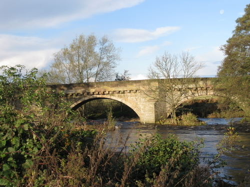 Link to http://archive.hampsthwaite.org.uk/history/images/1000/Bridge1000b.jpg