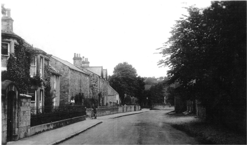 Link to http://archive.hampsthwaite.org.uk/history/images/1000/ThimblebyHouse1000.jpg
