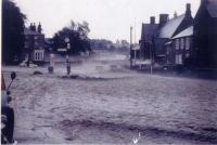 http://archive.hampsthwaite.org.uk/history/images/Hampsthwaite%20Flood%202nd%20July%201968/images/1000/GreenFlood1000.jpg - click for full size image