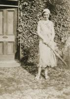 Doroth Vivien Breaks 1908-2002 standing outside the door of her grandparents house which is now Lamb Cottage. - click for full size image