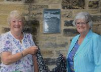 Unveiling of plaque by Jennifer Thompson and Muriel Illingworth - click for full size image